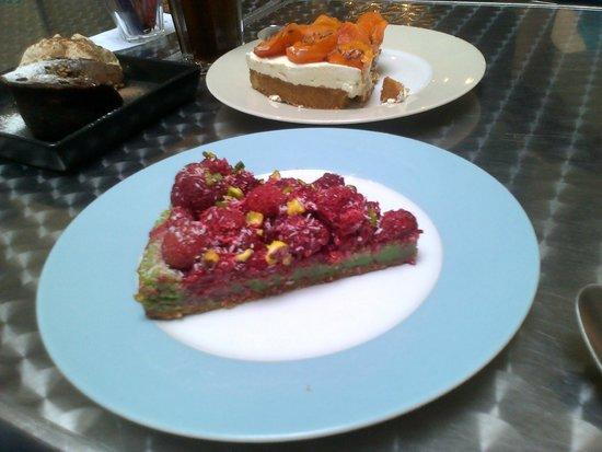 Georges Cafe : tarte pistache framboise