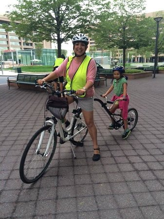 Bike and Roll DC: Our bike with child attachment