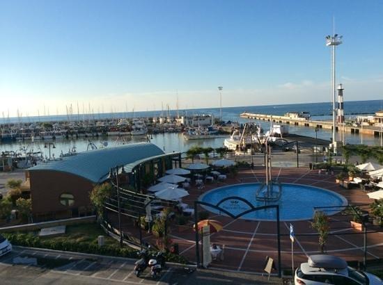 Residence Hotel Fiorella : vista dalla stanza