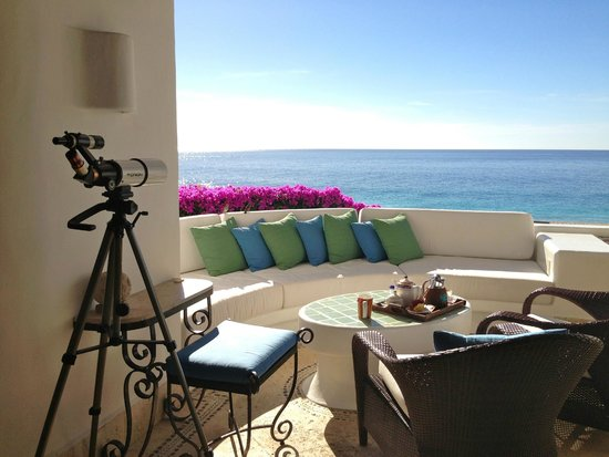 Las Ventanas al Paraiso, A Rosewood Resort: Our terrace with telescope for whale watching