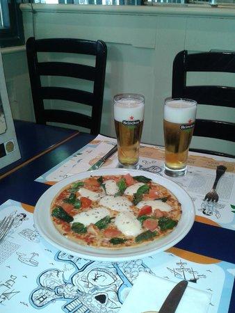 Trattoria Pinocchio: Buena Pizza