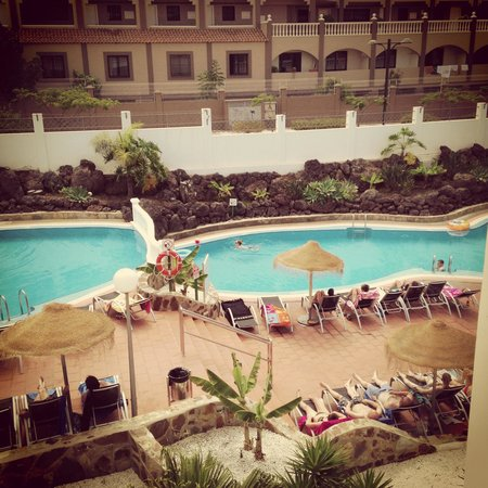 Marola Portosin: Pool view