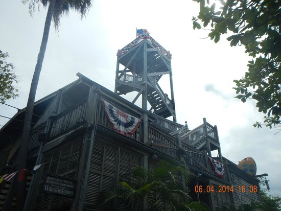 Key West Shipwreck Treasure Museum: The tower