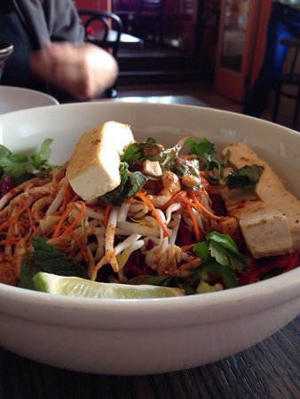 Lotus Pad Thai
