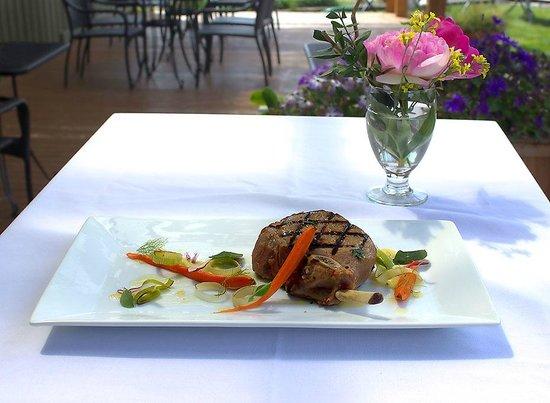 Camano Island Inn: Pork Chop