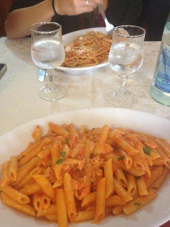 Nido d'Abruzzo: Esquisitos Penne al Salmone