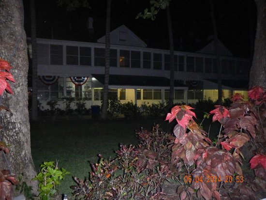 Harry S. Truman Little White House : Truman White House at night, beautiful!!!