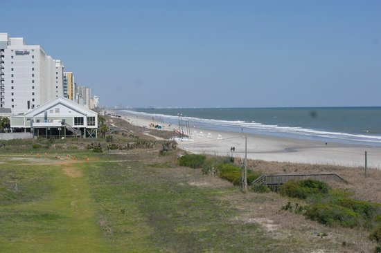 DoubleTree Resort by Hilton Myrtle Beach Oceanfront : miles and miles of Myrtle Beach