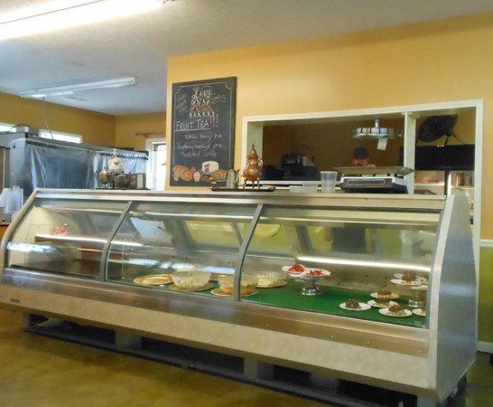 Tanglewood Farms Market & Deli: Interior