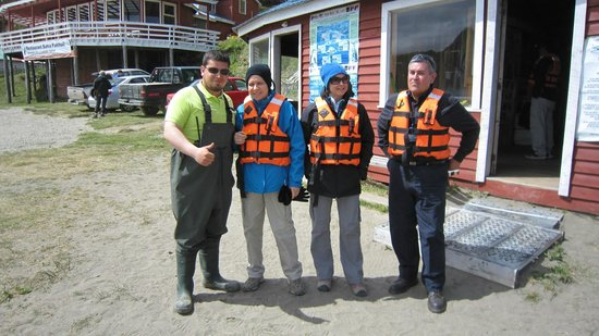 Islotes de Punihuil : PREPARING FOR NAVIGATION TO SEE PENGUINS