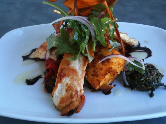 Gerringong SeaVista cafe: Vegie stack with chicken