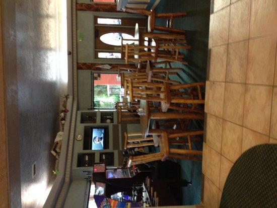 BEST WESTERN East Zion Thunderbird Lodge: Lounge