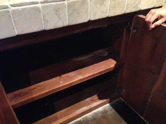 Danoya Villa - Private Luxury Residences: bathroom shelves