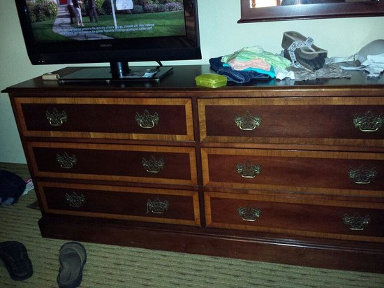 Homewood Suites by Hilton Chattanooga/Hamilton Place : Outdated furniture