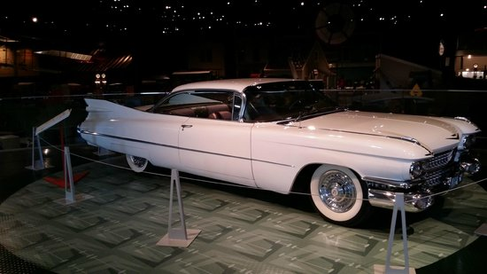 Reynolds-Alberta Museum: 1959 Caddilac Coupe de Ville