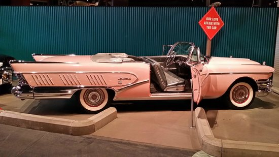 Reynolds-Alberta Museum: 1958 Buick Limited