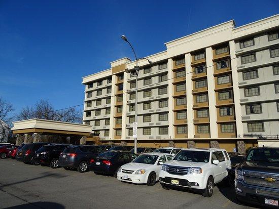 The Holiday Inn Niagara Falls: Holiday Inn Niagara Falls