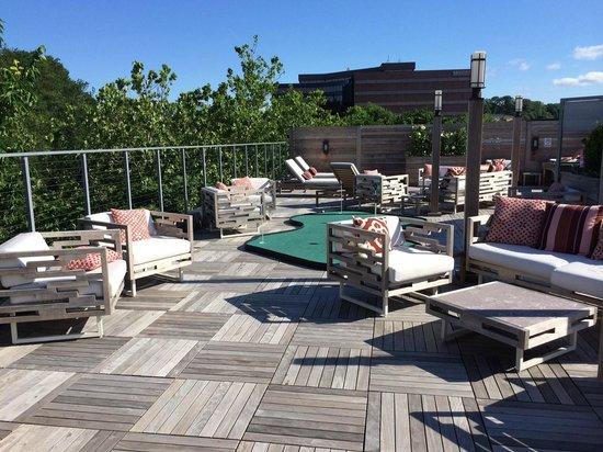 Hotel Zero Degrees Norwalk : Roof Top Terrace