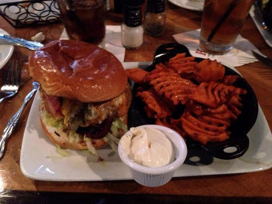 Harry's Seafood Bar and Grille: Harry's Burger with sweet potato fries