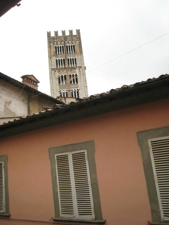 Alla Dimora Lucense: View of tower from our room