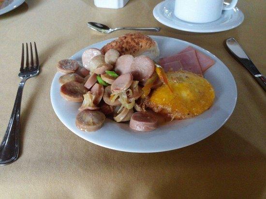 Hotel Barlovento: Con estos desayuno se comienza muy bien el dia