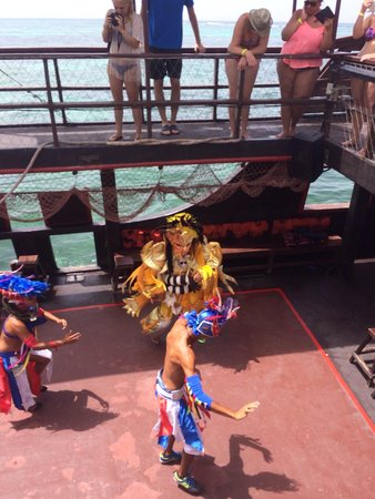 Ocean Adventures Stingray Bay Caribbean Festival : Dancers