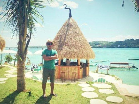 Le Pirate Beach Club Hotel Nusa Ceningan: me at the hotel