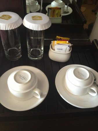 Best Western Resort Kuta: If the water boiler is missing the tea and coffee are useless!!