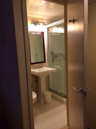 Sheraton Clayton Plaza Hotel St. Louis : bathroom