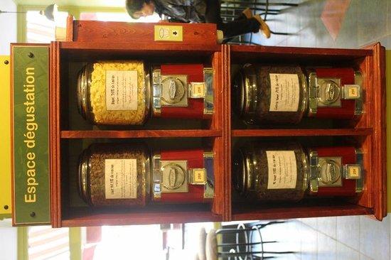 Erico - Creative Chocolate Shop and Chocolate Museum : Degustación por $0,25