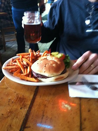Handlebars Restaurant & Saloon: Elk Burger and sweet potato fries.