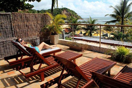 Le Terrace Beach Hotel: Terraço