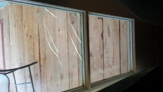 Sierra Sky Ranch: sellotaped window