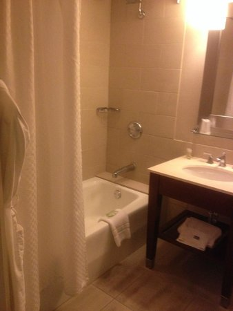 The Westin Pasadena: Bathroom