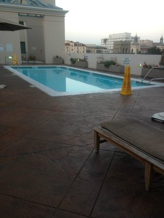 The Westin Pasadena: Swimming Pool