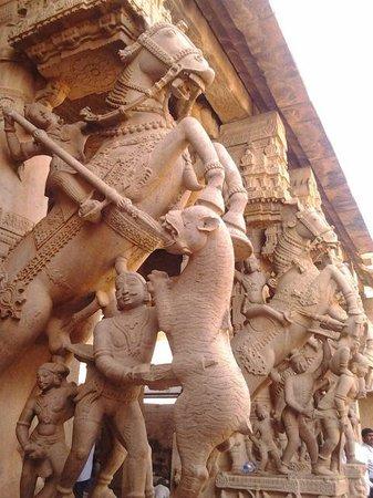 Sri Ranganathaswamy Temple: srirangam temple sculpture visual by MURALITHARAN