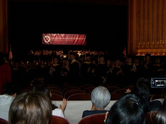 Lyric Opera of Chicago : Partial view of the stage and orchestra seating