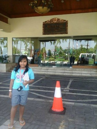 The Sunan Hotel Solo: Front Lobby
