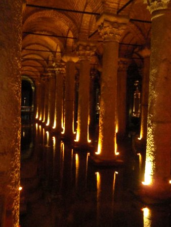 Basilica Cistern: The water
