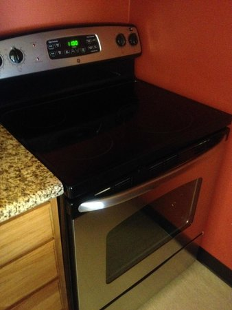 Residence Inn San Diego Central : Electric Stove - Full Size