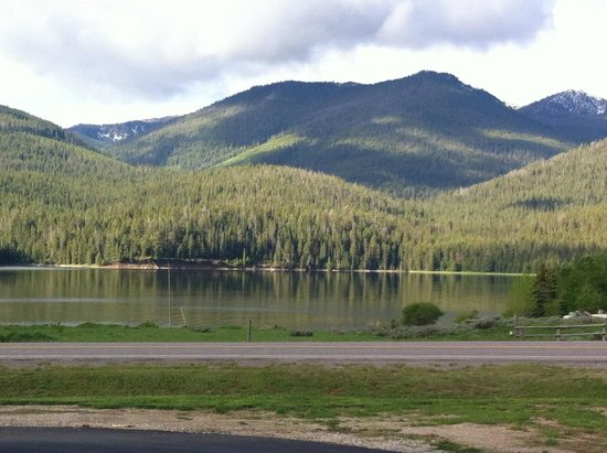 Kirkwood Resort & Marina: lake