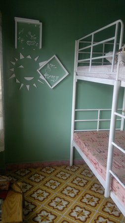 Newland Hostel : The two bed room we stayed at