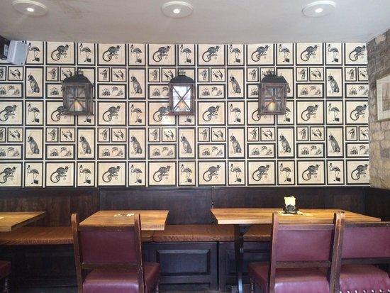 The Bull & Swan: Bar area