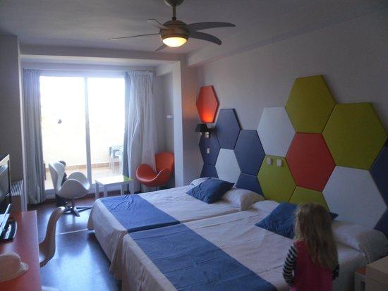 Evenia Zoraida Park: room - 2 double beds