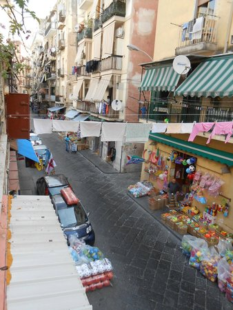 Hotel Alloggio del Conte: Vista del barrio desde la terraza