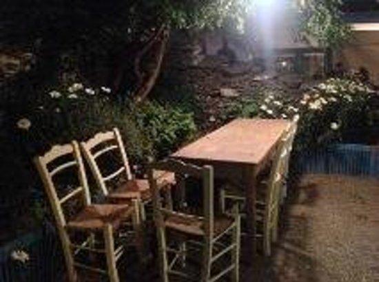 Tou Josef: Dining at the beautiful garden