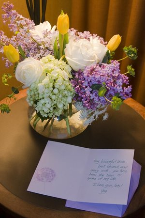 Wyoming Inn of Jackson Hole: 15th Wedding Anniversary flowers