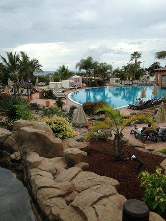 H10 Costa Adeje Palace : Бассейн/пляж