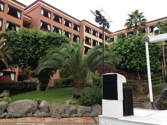 H10 Costa Adeje Palace: Отель и местность