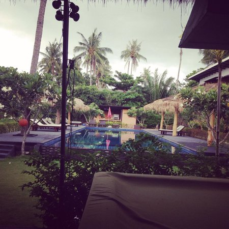 The Nidhra Boutique Resort: Pool